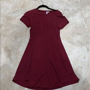 Burgundy t-shirt dress (size s)